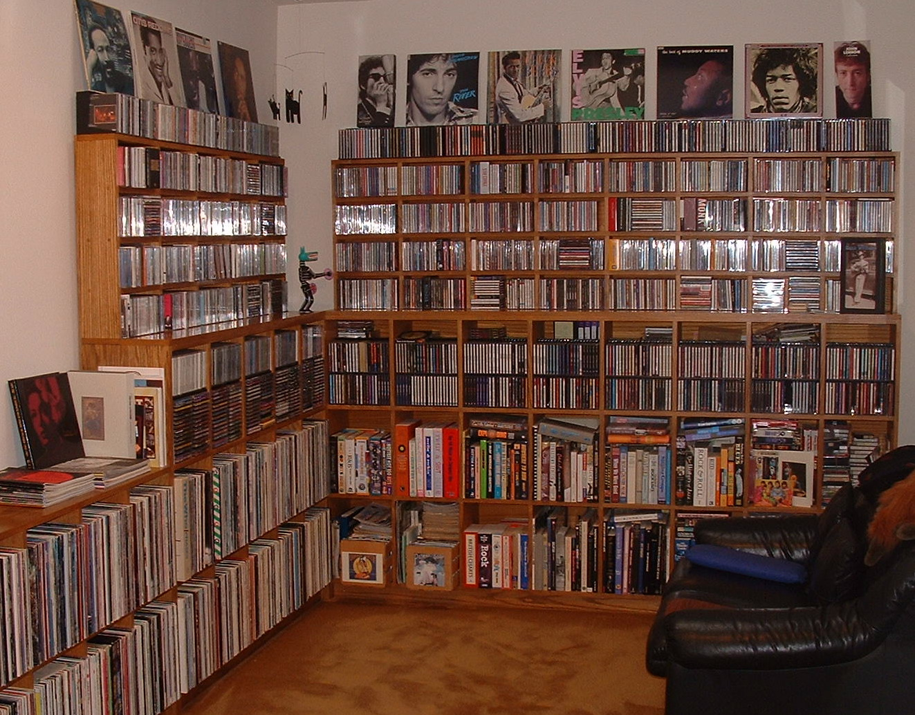 Gator's music library room
